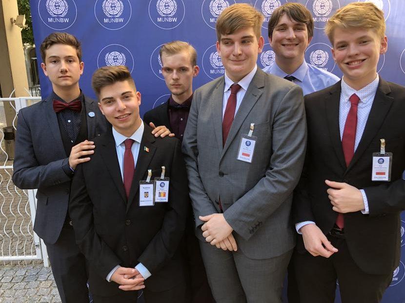 Lehrer überflüssig – Model United Nations Baden-Württemberg Stuttgart