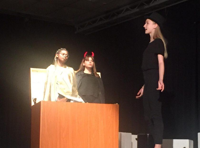 Theaterfest an der HOLA – facettenreich, humorvoll, publikumsaktivierend