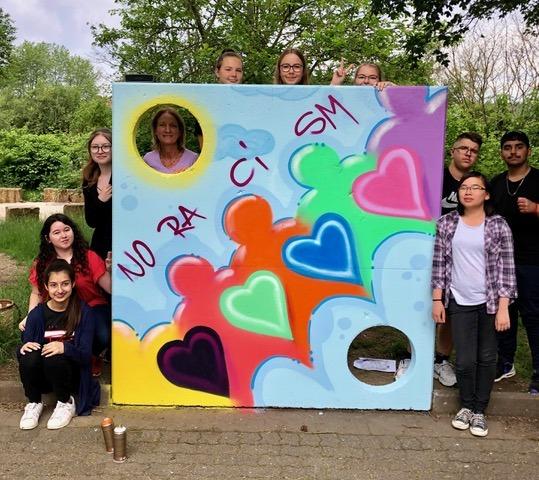 Graffito gegen Rassismus